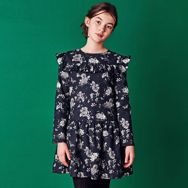 czarna sukienka w szare kwiatki