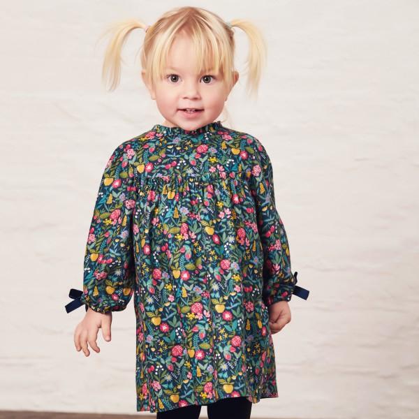 sukienka w kolorowe kwiatuszki i owoce