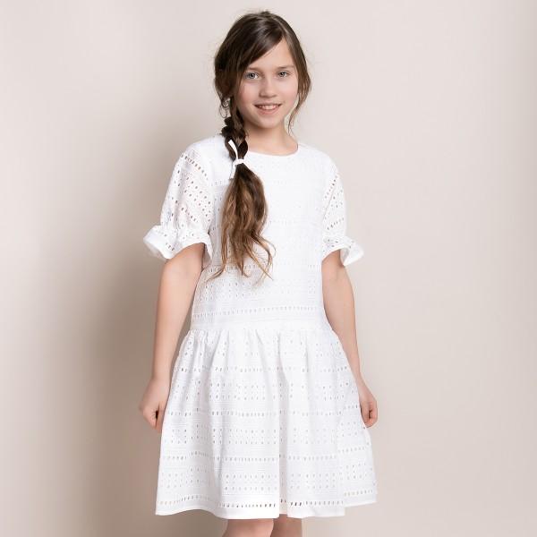sukienka z haftowanego materiału