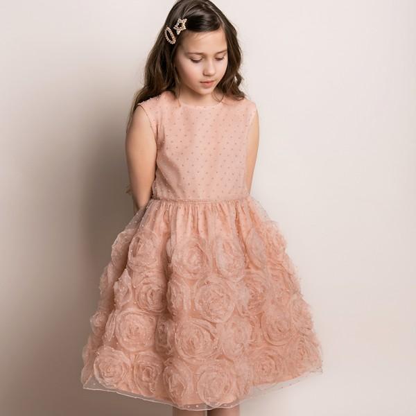 sukienka różowa z naszytymi różami