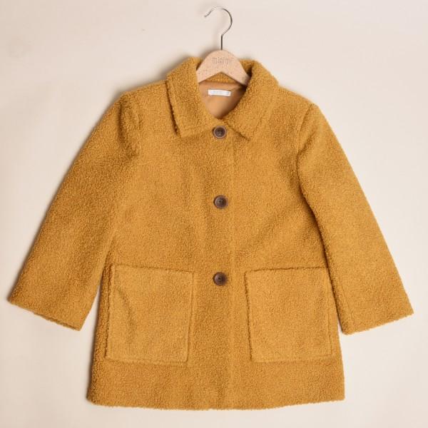 płaszcz musztardowy z miękkiej tkaniny