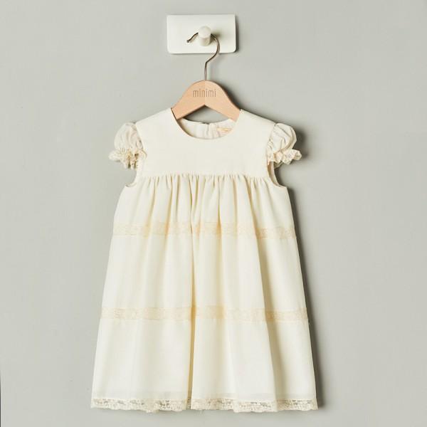 sukienka z delikatną koronką